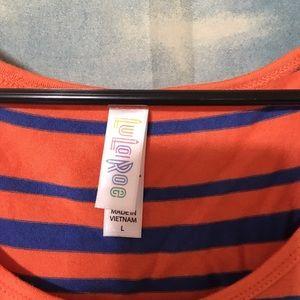 LuLaRoe Tops - 💥Price Firm💥Lularoe Striped Classic T